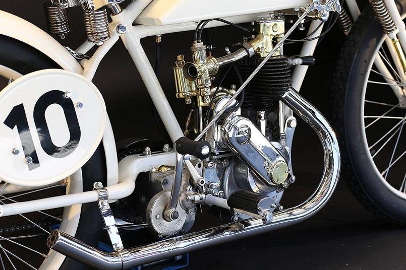 Magnat Debon, Una cura e dovizia nei particolari che mi stupisce pensando che fosse una moto degli anni '20.