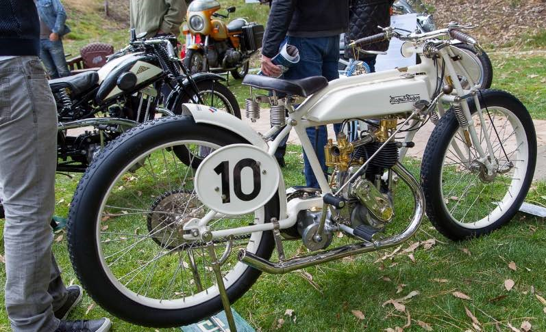 Magnat Debon. 1921 Magnat Debon Racer 350cc, owned by Serge Bueno