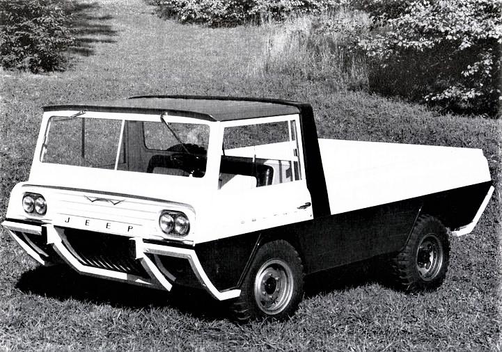 """Kaiser Crown concept Jeep Wide Track, La versione """"base"""" della piccola jeep senza appendici sul pianale posteriore."""