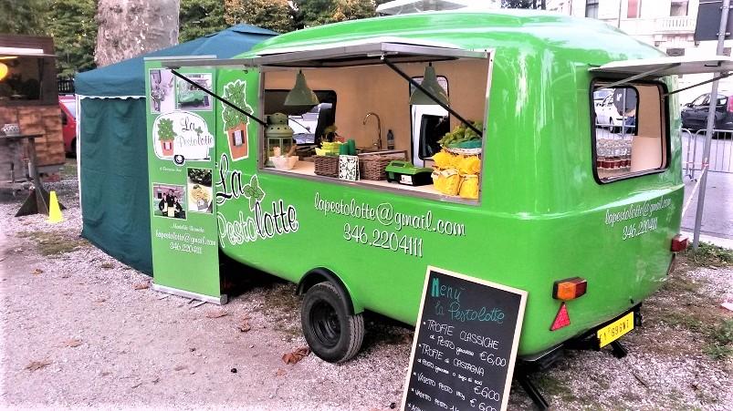 Street food, Dove poter trovare; per fortuna; prodotti tipici di una data zona, dove poter trovare persone e cose del posto.