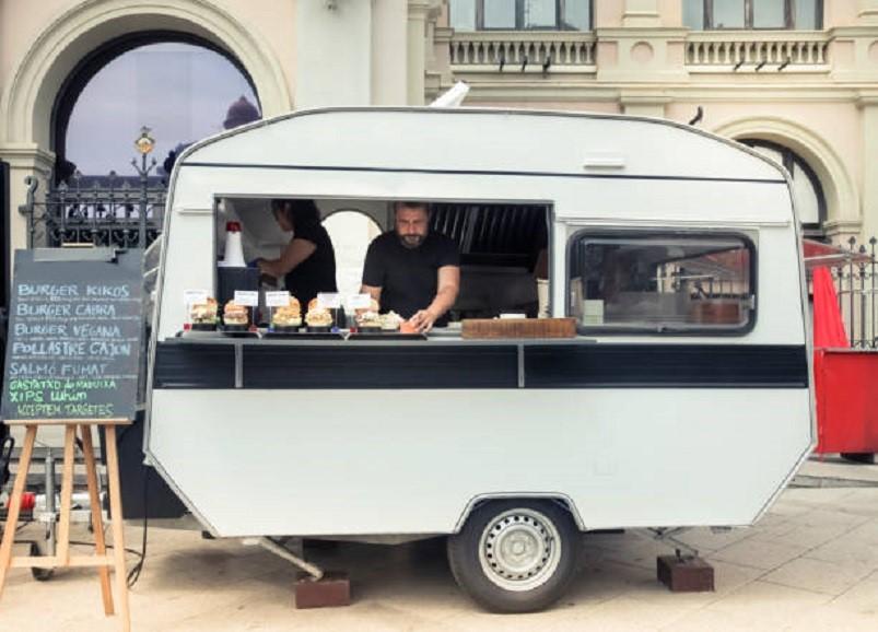 Street food, A Firenze, forse dove ne ho viste di più di roulotte riadattate così.