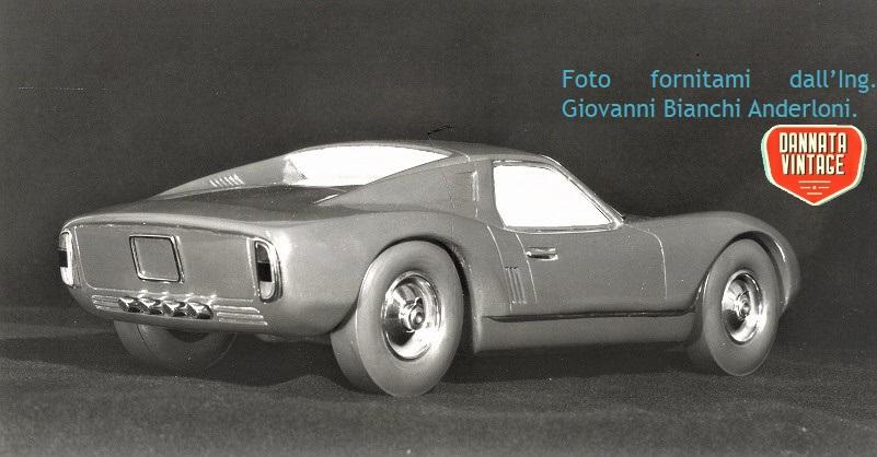 Ing. Giovanni Bianchi Anderloni, PHOTO 2, sempre il modellino Progetto Tigre ma con vista posteriore e su uno dei fianchi.