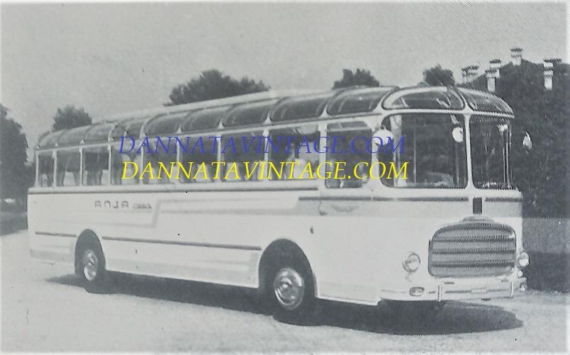 Carrozzeria SCALL, Superpanoramico con monoscocca SCALL e gruppi meccanici Fiat 306-2 anno 1960.