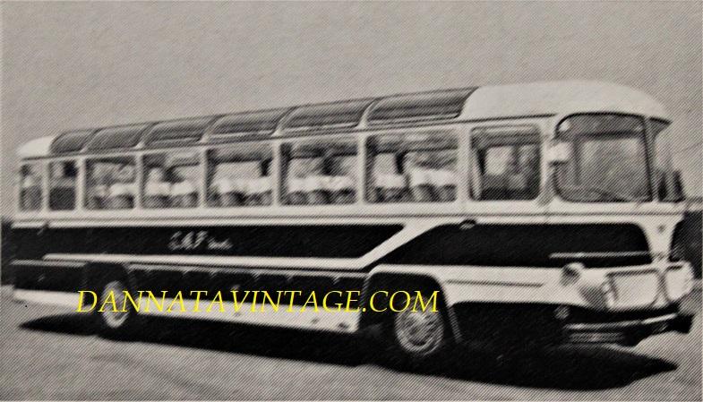 Carrozzeria BORSANI, Servizio Turistico su base OM Tigre - 1962, si notino le ampie e numerose vetrature sul tetto.