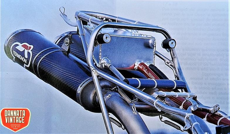 """Guzzi Joverno, Un telaietto realizzato in acciaio speciale, per poi essere """"imbullonato"""" alla ciclistica principale."""