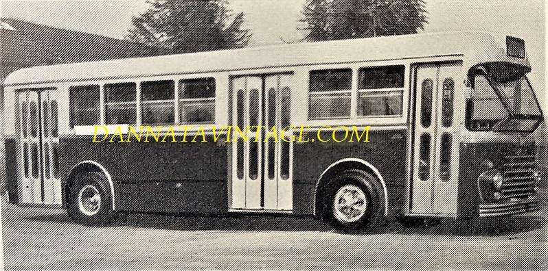 """SEAC, Autobus Urbano U 61, con gruppi meccanici """"Mille"""" AU7P Alfa Romeo con motore orizzontale - 1962."""