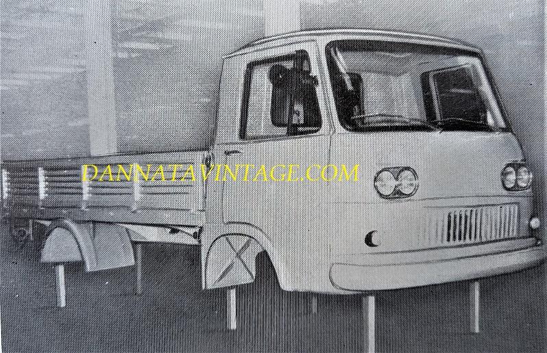 SEAC, Un prototipo di una cabina e cassone realizzato in resina poliestere - 1963.