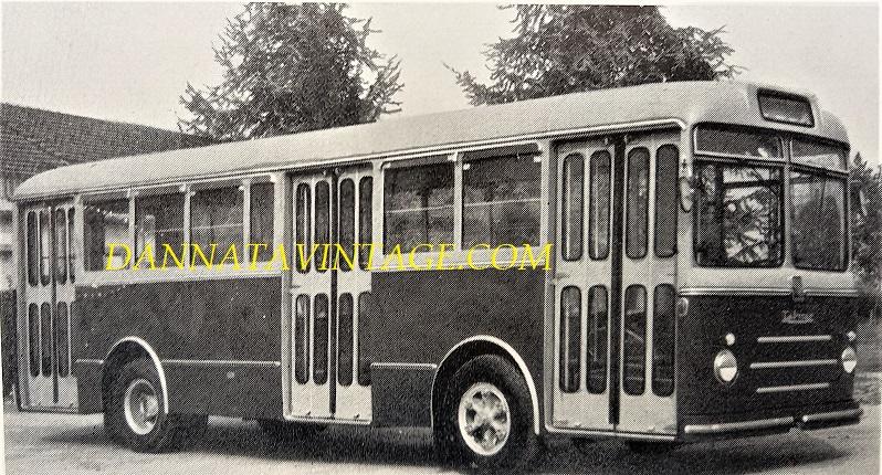 SEAC, U 142 TUBOCAR, con gruppi meccanici FIAT 309 e tutti i rivestimenti esterni in resina poliestere - 1962.