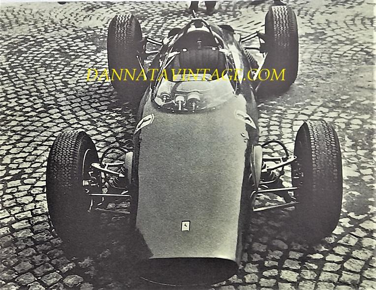 Si correva, l'anno il 1963 e l'auto una Ferrari a sei cilindri guidata da Surtees con la quale vinse al Nurburgring in Germania.